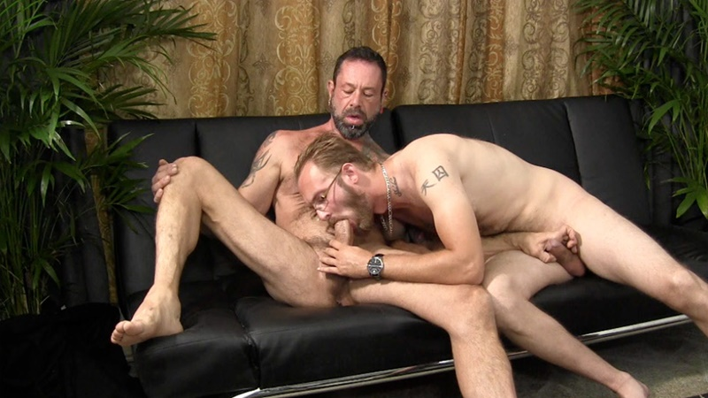 StraightFraternity-sexy-tattooed-older-mature-man-Franco-straight-married-friend-Dee-fucks-bareback-gay-for-pay-guge-dick-tight-muscle-asshole-001-gay-porn-tube-star-gallery-video-photo