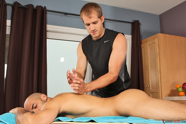 Flip flop fuck massage Austin Wilde and Brandon Lewis massage sexploits