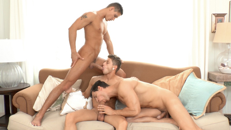 Hardcore threesome Kris Evans, Jack Harrer and Vadim Farrell sucking big thick dicks